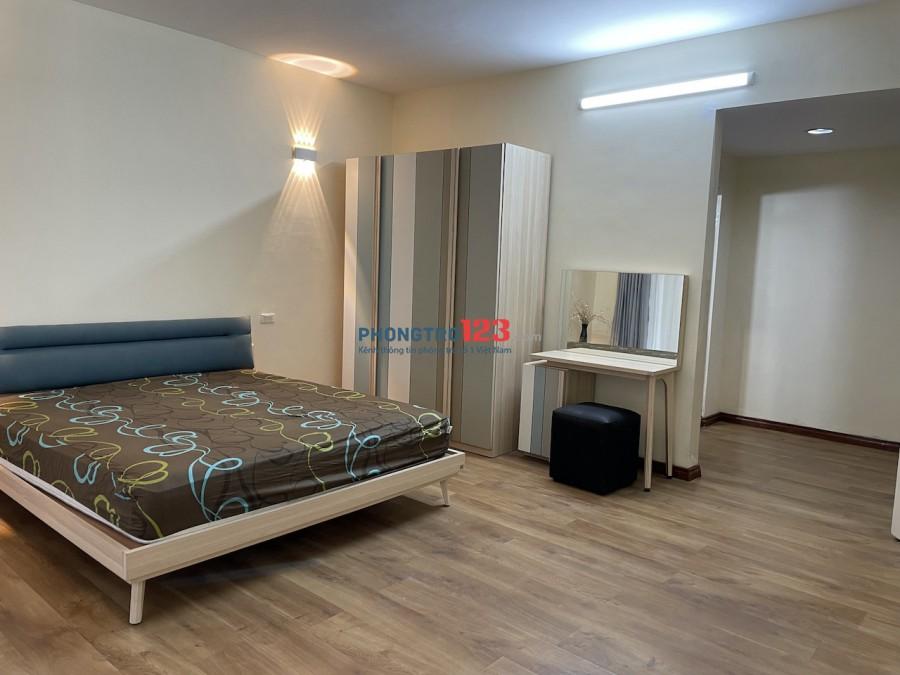 Cho thuê căn hộ quận Tây Hồ - 170m2 (chính chủ)