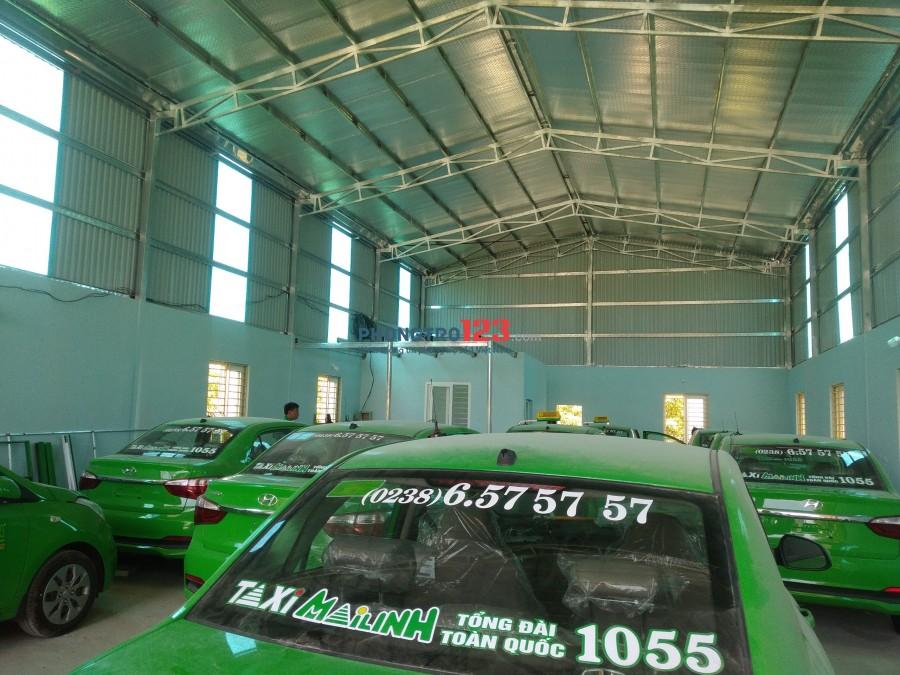 Cho thuê nhà mặt tiền đường lớn với diện tích gần 500m2 (Mặt đường QL 46 cách ngã tư sân bay hướng Cửa Lò khoảng 600m)