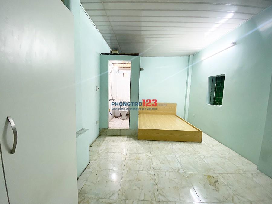 Phòng cực rộng ngõ 154 Trần Duy Hưng, đủ đồ, 2tr4