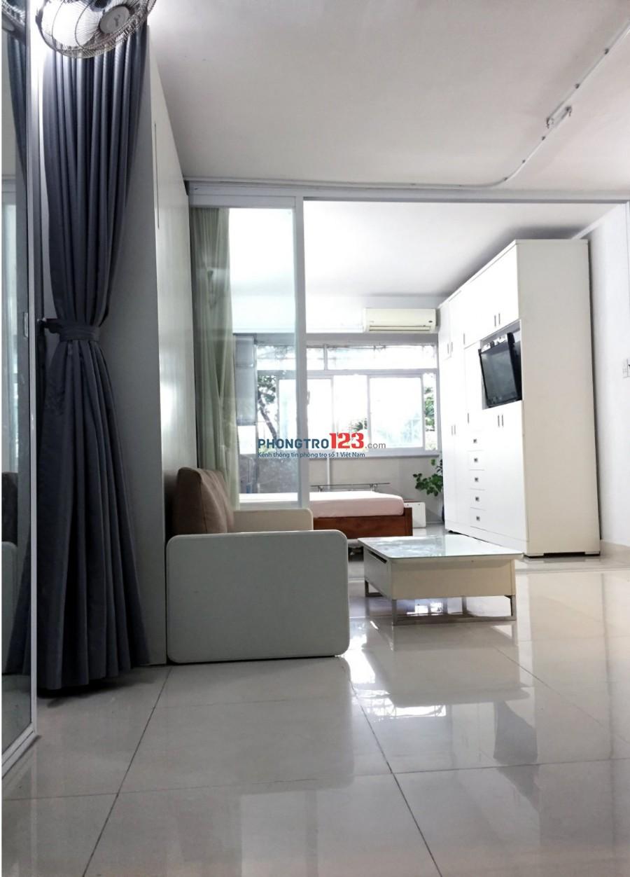 Cho thuê chung cư Miếu Nổi, 2pn chính, 1 pn mở và 1 tolet. Giá thuê 12triệu.