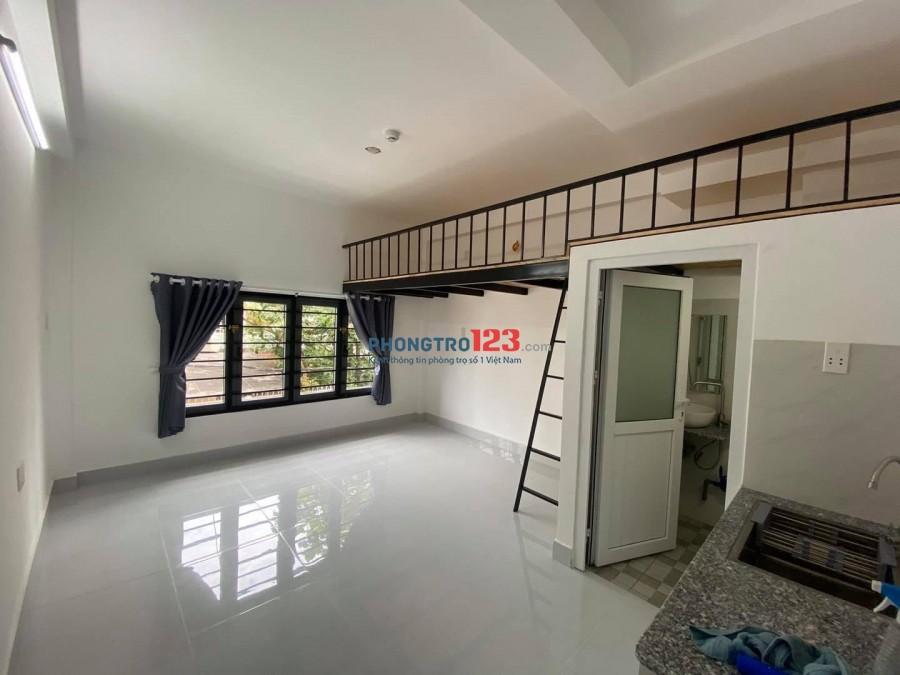 Cho thuê phòng trọ giá rẻ có bancol gần Văn Lang và IUH