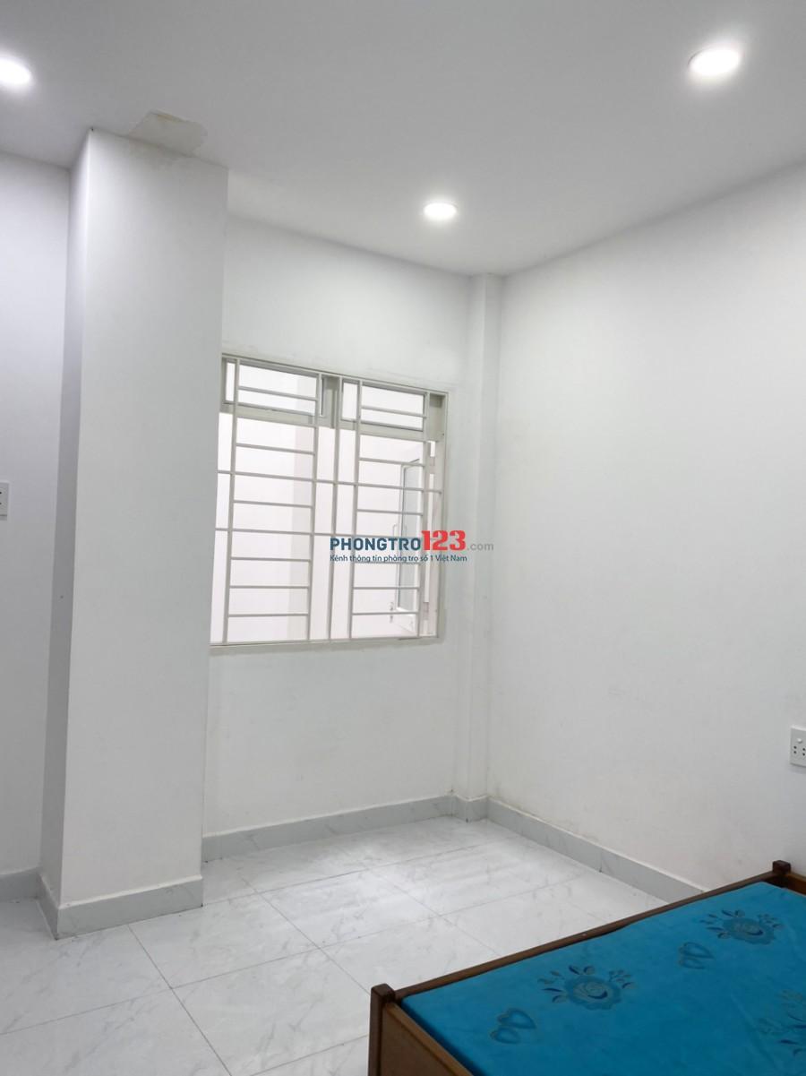 Cho thuê phòng trọ tiện nghi, trung tâm đường Trương Công Định